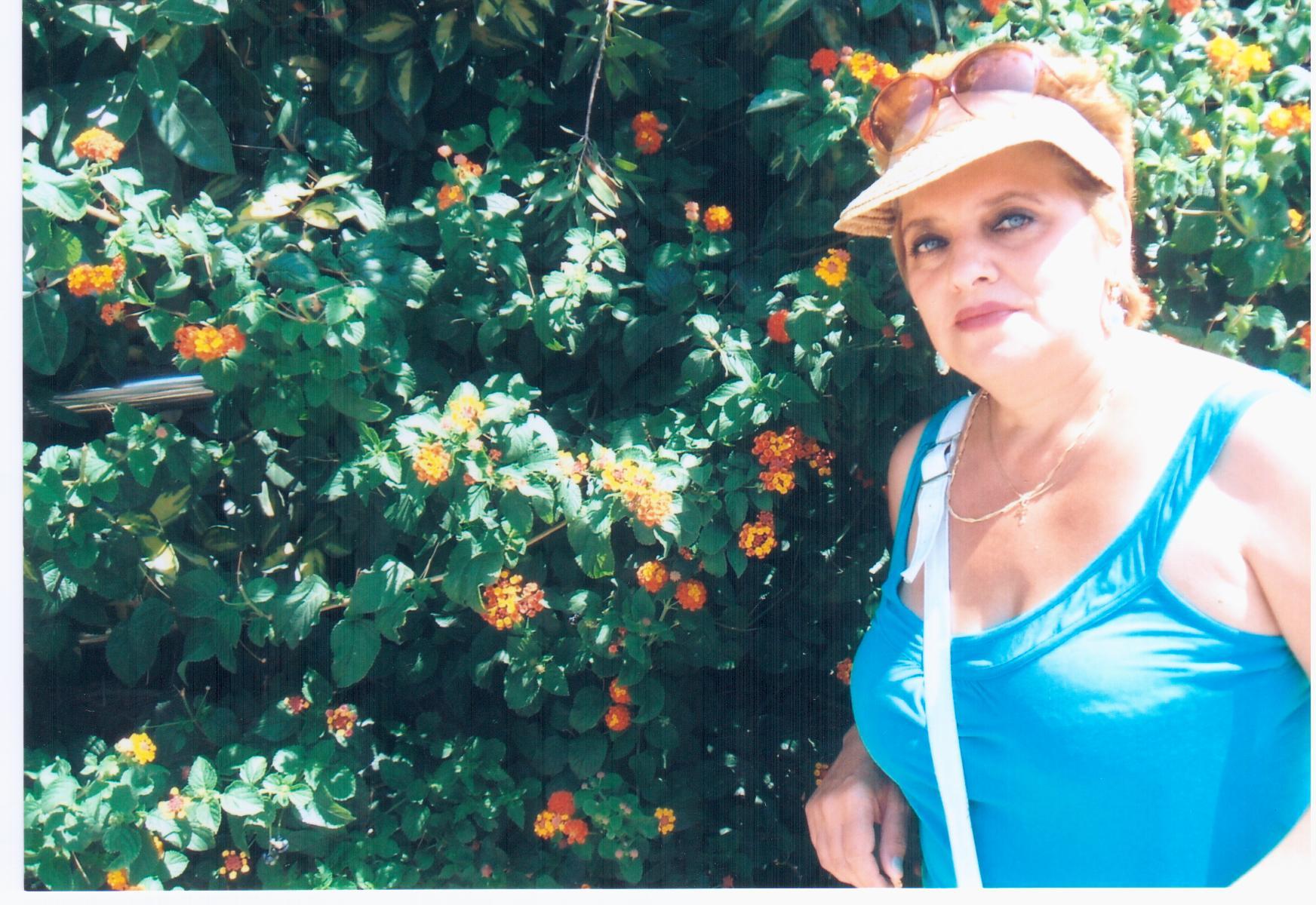 Женщина для секса до 60 лет луганск