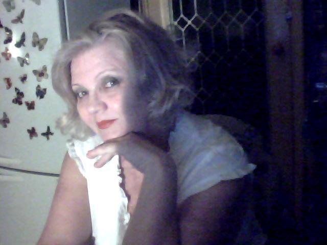Знакомство без обязательств в москве с женщиной средних лет